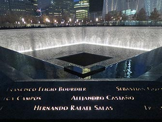 9/11 Memorial i New York - Kveldstid