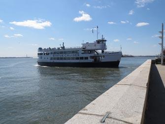 Ellis Island i New York - Statue cruise