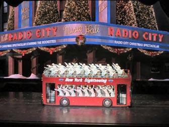 Radio City Christmas Spectacular i New York tickets - Buss