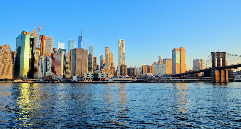 Brooklyn Bridge - Utsikt fra Brooklyn Bridge Park