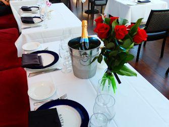 Bateaux New York cruise med middag - Romantisk middag