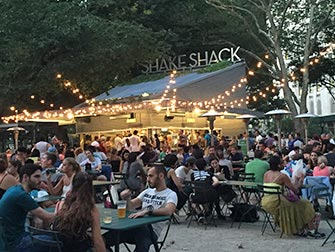 Parker i New York - Shake Shack i Madison Square Park