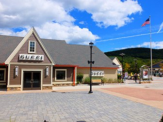 Woodbury Common Premium Outlet Center i New York - Gucci