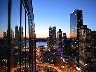 De beste rooftop barene i New York - Skyroom utsikt