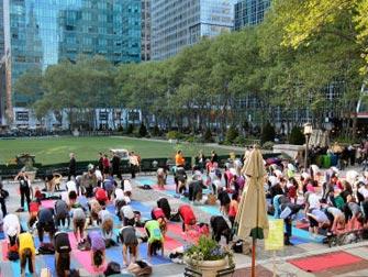 Gratis yoga i Bryant Park - Yogi