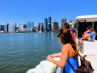 NYC Ferry i New York - Tur med fergen