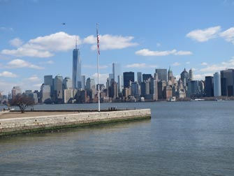 Ellis Island i New York - Utsikt til Manhattan