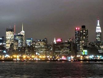 Bateaux New York cruise med middag - Skyline